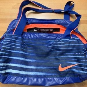 Vintage Nike Bright Color Sport Bag